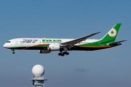 Ariesさんが、関西国際空港で撮影したエバー航空 787-9の航空フォト(飛行機 写真・画像)