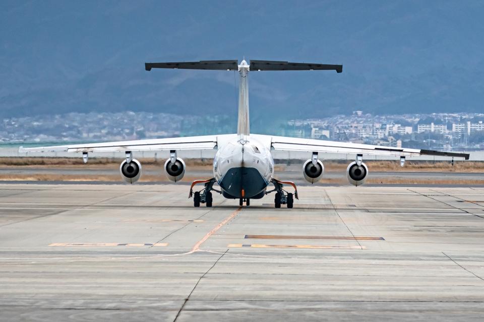 Ariesさんのサミット・エア British Aerospace BAe-146/Avro RJ (C-FRJY) 航空フォト