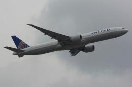 banshee02さんが、成田国際空港で撮影したユナイテッド航空 777-322/ERの航空フォト(飛行機 写真・画像)