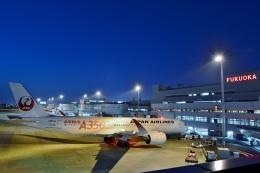 h_wajyaさんが、福岡空港で撮影した日本航空 A350-941の航空フォト(飛行機 写真・画像)