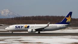 Cassiopeia737さんが、新千歳空港で撮影したスカイマーク 737-8FHの航空フォト(飛行機 写真・画像)