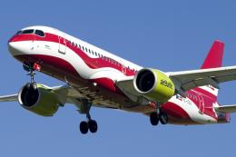 chrisshoさんが、シュトゥットガルト空港で撮影したエア・バルティック A220-300 (BD-500-1A11)の航空フォト(飛行機 写真・画像)