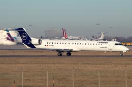chrisshoさんが、シュトゥットガルト空港で撮影したルフトハンザ・シティライン CL-600-2D24 Regional Jet CRJ-900LRの航空フォト(飛行機 写真・画像)