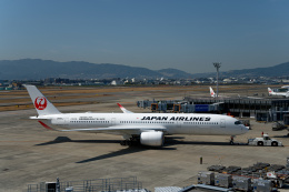 simokさんが、伊丹空港で撮影した日本航空 A350-941の航空フォト(飛行機 写真・画像)