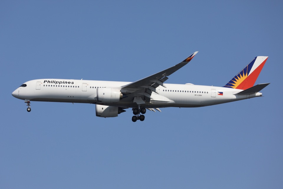 sky-spotterさんのフィリピン航空 Airbus A350-900 (RP-C3501) 航空フォト