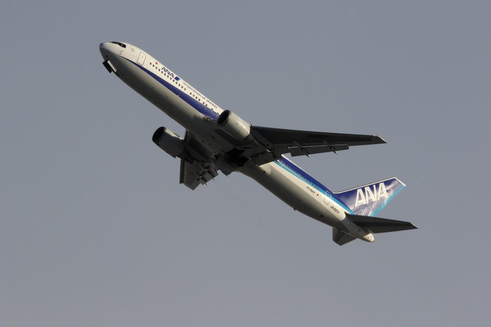 元青森人さんの全日空 Boeing 767-300 (JA8971) 航空フォト