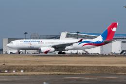 ぎんじろーさんが、成田国際空港で撮影したネパール航空 A330-243の航空フォト(飛行機 写真・画像)