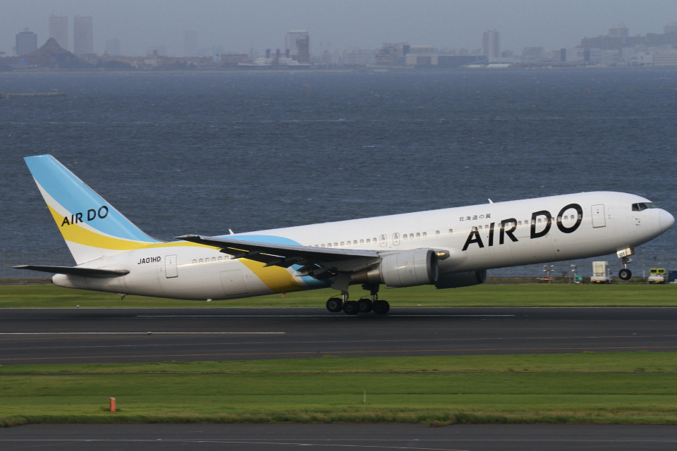 ちゅういちさんのAIR DO Boeing 767-300 (JA01HD) 航空フォト