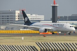 BOEING737MAX-8さんが、成田国際空港で撮影したアエロメヒコ航空 787-8 Dreamlinerの航空フォト(飛行機 写真・画像)
