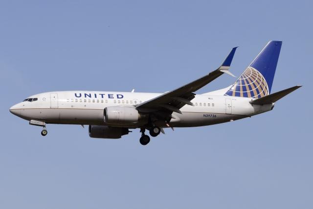航空フォト:N39726 ユナイテッド航空 737-700