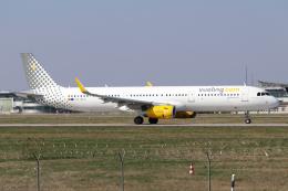 chrisshoさんが、シュトゥットガルト空港で撮影したブエリング航空 A321-231の航空フォト(飛行機 写真・画像)