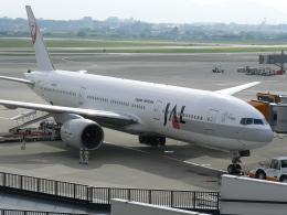 yossiさんが、伊丹空港で撮影した日本航空 777-246の航空フォト(飛行機 写真・画像)