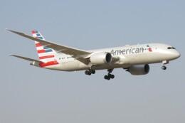 BOEING737MAX-8さんが、成田国際空港で撮影したアメリカン航空 787-8 Dreamlinerの航空フォト(飛行機 写真・画像)