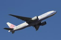 宮崎 育男さんが、成田国際空港で撮影したチャイナエアライン 777-Fの航空フォト(飛行機 写真・画像)