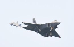 tamtam3839さんが、岩国空港で撮影したアメリカ空軍 F-22A-20-LM Raptorの航空フォト(飛行機 写真・画像)