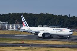 Mochi7D2さんが、成田国際空港で撮影したエールフランス航空 777-328/ERの航空フォト(飛行機 写真・画像)