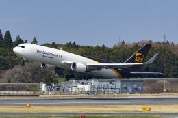 Mochi7D2さんが、成田国際空港で撮影したUPS航空 767-34AF/ERの航空フォト(飛行機 写真・画像)