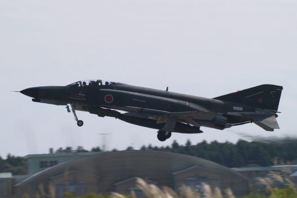 木人さんの航空自衛隊 Mitsubishi RF-4EJ Phantom II (77-6392) 航空フォト