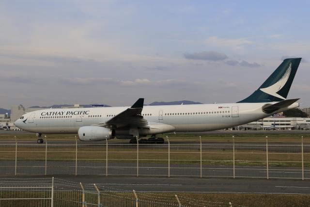 aki241012さんが、福井空港で撮影したキャセイパシフィック航空 A330-343Xの航空フォト(飛行機 写真・画像)