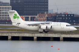 chrisshoさんが、ロンドン・シティ空港で撮影したエア・リンガス Avro 146-RJ85の航空フォト(飛行機 写真・画像)