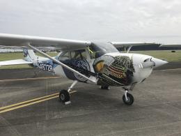 gennai04さんが、横田基地で撮影したヨコタ・アエロ・クラブ 172H Skyhawkの航空フォト(飛行機 写真・画像)