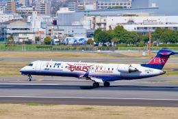 goshiさんが、伊丹空港で撮影したアイベックスエアラインズ CL-600-2C10 Regional Jet CRJ-702の航空フォト(飛行機 写真・画像)