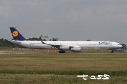 tassさんが、成田国際空港で撮影したルフトハンザドイツ航空 A340-642の航空フォト(飛行機 写真・画像)