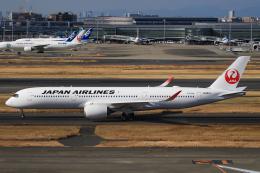 TKK744さんが、羽田空港で撮影した日本航空 A350-941の航空フォト(飛行機 写真・画像)