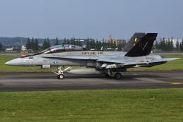 =JAかみんD=さんが、横田基地で撮影したアメリカ海兵隊 F/A-18D Hornetの航空フォト(飛行機 写真・画像)
