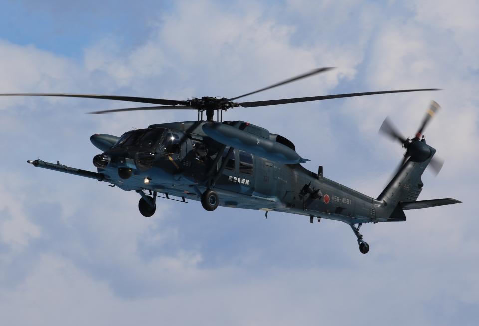 F-4さんの航空自衛隊 Mitsubishi UH-60J (58-4581) 航空フォト