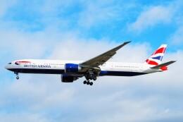 ちっとろむさんが、ロンドン・ヒースロー空港で撮影したブリティッシュ・エアウェイズ 777-336/ERの航空フォト(飛行機 写真・画像)