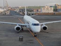Smyth Newmanさんが、羽田空港で撮影したジェイエア ERJ-190-100(ERJ-190STD)の航空フォト(飛行機 写真・画像)