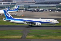 ▲®さんが、羽田空港で撮影した全日空 777-281/ERの航空フォト(飛行機 写真・画像)