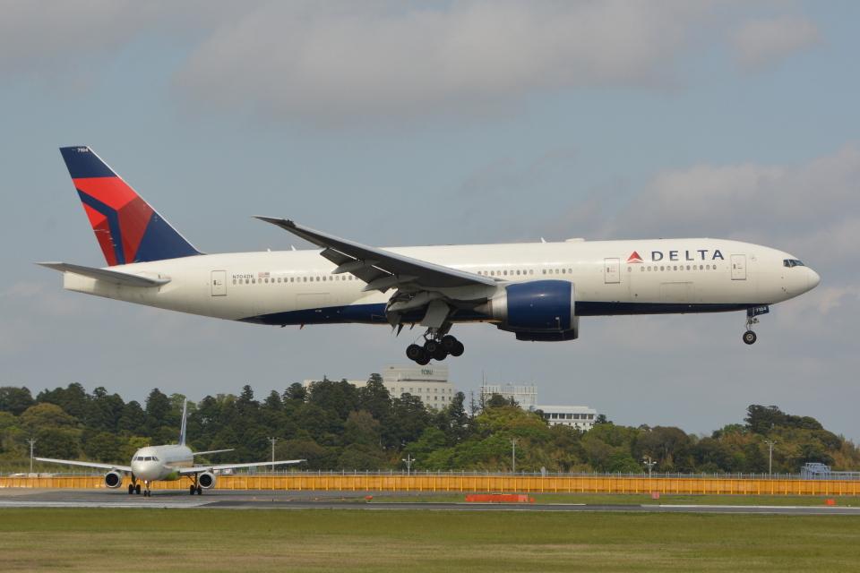 Deepさんのデルタ航空 Boeing 777-200 (N704DK) 航空フォト