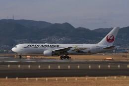 海鷹さんが、伊丹空港で撮影した日本航空 767-346/ERの航空フォト(飛行機 写真・画像)