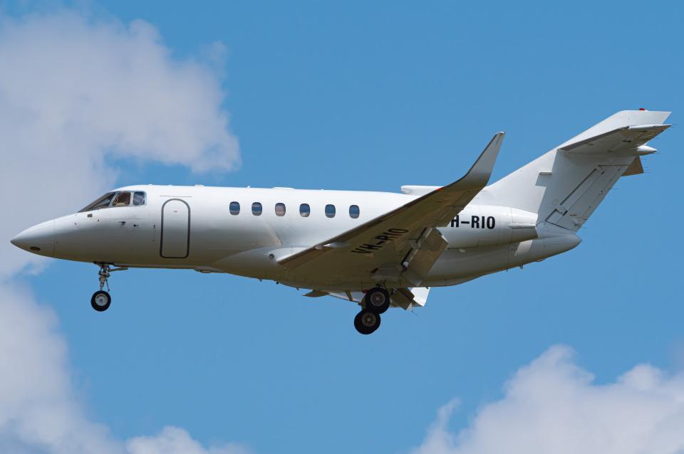 さんごーさんのSeletar Jet Charter Raytheon Hawker 800/1000 (VH-RIO) 航空フォト