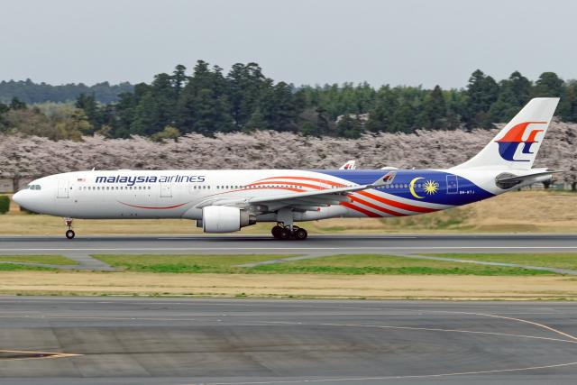 航空フォト:9M-MTJ マレーシア航空 A330-300