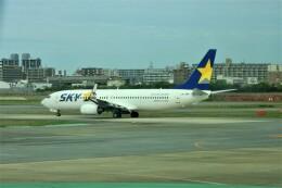 timeさんが、福岡空港で撮影したスカイマーク 737-86Nの航空フォト(飛行機 写真・画像)