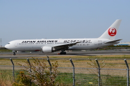 ITM58さんが、伊丹空港で撮影した日本航空 767-346/ERの航空フォト(飛行機 写真・画像)