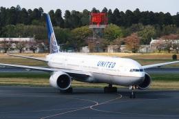 DVDさんが、成田国際空港で撮影したユナイテッド航空 777-322/ERの航空フォト(飛行機 写真・画像)