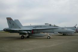 れぐぽよさんが、小松空港で撮影したアメリカ海兵隊 F/A-18A Hornetの航空フォト(飛行機 写真・画像)