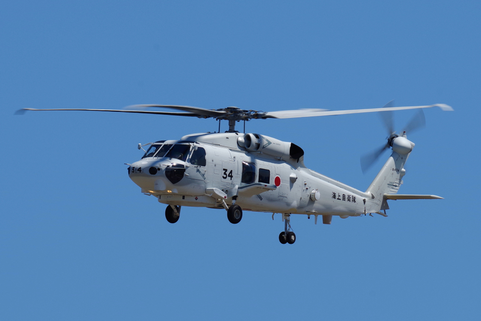yabyanさんの海上自衛隊 Mitsubishi SH-60K (8434) 航空フォト
