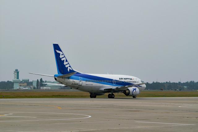 れぐぽよさんが、小松空港で撮影したエアーニッポン 737-5Y0の航空フォト(飛行機 写真・画像)