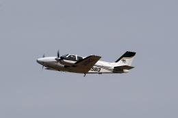 TAKAHIDEさんが、新潟空港で撮影した航空大学校 G58 Baronの航空フォト(飛行機 写真・画像)