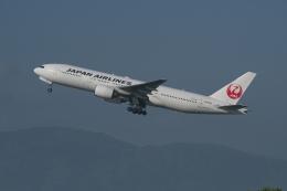 あさかぜみずほさんが、福岡空港で撮影した日本航空 777-289の航空フォト(飛行機 写真・画像)
