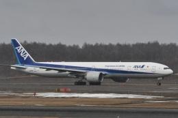 YOSANさんが、新千歳空港で撮影した全日空 777-381/ERの航空フォト(飛行機 写真・画像)
