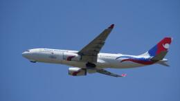 IMP.TIさんが、成田国際空港で撮影したネパール航空 A330-243の航空フォト(飛行機 写真・画像)