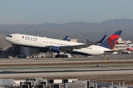 takoyanさんが、ロサンゼルス国際空港で撮影したデルタ航空 767-3P6/ERの航空フォト(飛行機 写真・画像)
