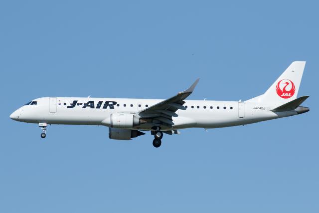 航空フォト:JA242J ジェイエア