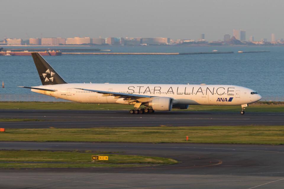 Koenig117さんの全日空 Boeing 777-300 (JA731A) 航空フォト